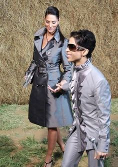 Net Image: Prince and Bria: Photo ID: . Picture of Prince - Latest Prince Photo. Prince Purple Rain, Prince Rogers Nelson, Pictures Of Prince, Prince Images, The Artist Prince, Hip Hop, Jazz, My Prince, Prince Adore