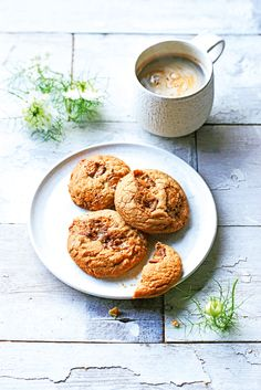 The addition of browned butter gives these cookies a rich, nutty edge, making them all the more moreish. The recipe also works well with white chocolate   BROWN BUTTER & TOFFEE COOKIES  Makes 16 150g unsalted butter 1⁄2 tsp bicarbonate of soda 1⁄2 tsp mixed spice 300g plain flour 1⁄2 tsp sal