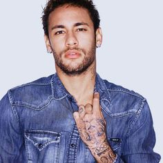 his big fat model ass🤤 Best Football Players, Soccer Players, Football Soccer, Neymar Jr, Neymar Brazil, Psg, Character Inspiration, Photoshoot, Guys