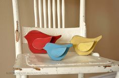 Little Birds on a chair im so trying to make theese!!