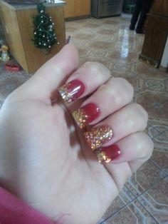 Red and gold nails #redndgold  49ers nails. Go niners♡♥♡