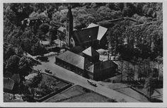 De Lutte met zicht vanaf Rot Dieks, oude school en kerk. . .