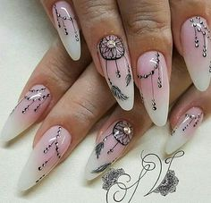 Here is Dream Catcher Nail Designs Gallery for you. Dream Catcher Nail Designs 33 ideas with dream catcher nail art my sty. Perfect Nails, Gorgeous Nails, Love Nails, Pretty Nails, Dream Catcher Nails, Floral Nail Art, Halloween Nail Art, Nagel Gel, Nail Decorations