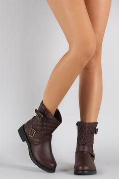Quilted Round Toe Ankle Boots