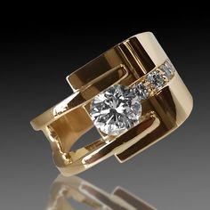 Modern Jewelry, Gold Jewelry, Jewelry Rings, Jewelry Accessories, Fine Jewelry, Jewellery, Bijoux Design, Jewelry Design, Unique Diamond Rings