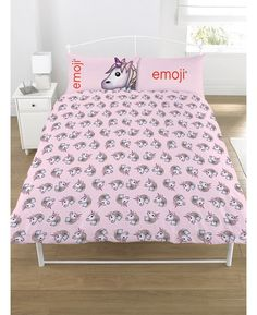 This fun Emoji Unicorn bedding set features the unicorn emoji in a repeated pattern on a pretty purple background, while the reverse has the same design on a pink background.