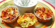 Mennyei Mennyei kapros-cukkinis muffin baconnal recept! A cukkinihez nagyon passzol a kapor, hagyma, akár muffin formájában is... Káprázatos ízharmóniát alkotva. Próbáljátok ki, a mártogatóssal meg egyenesen fenomenális!!!😝