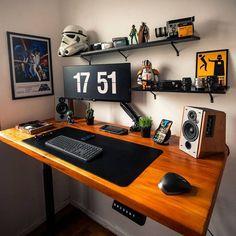 Home Studio Setup, Home Office Setup, Computer Desk Setup, Media Room Design, Bedroom Setup, Modern Office Design, Workspace Design, Art Mural, Game Room