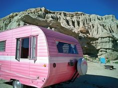 Pinky, the pink Pleasurecraft 1956 traveling dream...