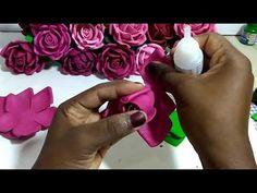 Ponteira super fácil Eva🌹 - YouTube Nylon Flowers, Felt Flowers, Crochet Flowers, Fabric Flowers, Paper Flowers, Foam Crafts, Diy And Crafts, Flower Pens, Art Drawings For Kids
