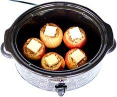 Crockpot Baked Apples Recipe! {Just 6 Ingredients} - The Frugal Girls Crockpot Baked Apples, Crockpot Dessert Recipes, Crock Pot Desserts, Apple Dessert Recipes, Slow Cooker Desserts, Pumkin Recipes, Apple Recipes Easy, Easy Cookie Recipes, Fall Recipes