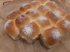 Bułeczki mleczne mieciutki i puszyste - Swojskie jedzonko Hamburger, Bread, Mini, Food, Brot, Essen, Baking, Burgers, Meals