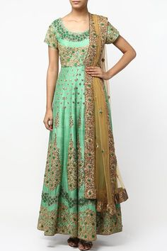 Green floral hand embroidered anarkali set.  #carma #shopitatcarma #carmaloves #instadaily #fashiondaily #fashionupdates #instafollow #luxury #floral #indianfashion #musthave #sagegarden #diwaliedit #diwalispecial #ethnic #kurtasets #anarkalis #getthislook #shopping #shopnow #onlineshopping #festive #elegant #madetoorderdress #green #floral #anarkali #anarkalionline #designeranarkali #greenanarkali #salwarkameez