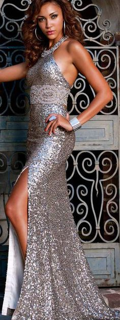 Backless Sequins Beaded Halter Long Pageant Evening Dress Prom Party Formal Gown