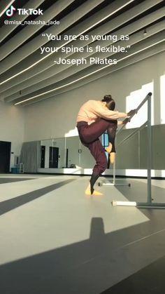 Ballerina Workout, Dancer Workout, Gymnastics Workout, Gymnastics Stretches, Gymnastics Videos, Acrobatic Gymnastics, Gym Workout Videos, Gym Workout For Beginners, Fitness Workout For Women