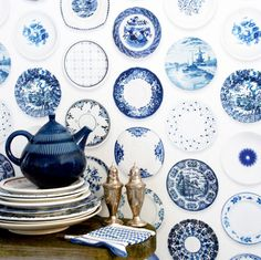 #Blue and #White #plates #wallpaper