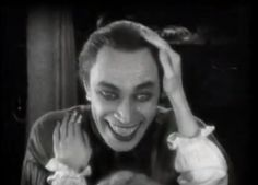 The Man Who Laughs Conrad Veidt (Can you recognize Casablanca's Major Strasser (sic) there? From Boutique Horror-Horror Boutique. Terrifying Movies, Scary Movies, Old Movies, Vintage Movies, Horror Movies, The Man Who Laughs, Dramas, Conrad Veidt, Gifs