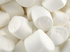http://www.treasureislandsweets.co.uk/product_images/t/024/white_marshmallows__55069_zoom.jpg