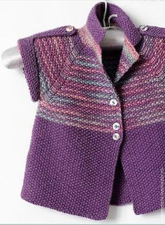 Knitting Patterns Girl Knitting by hand. Cardigan for the girl`s lilac Kids Knitting Patterns, Knitting For Kids, Knitting Designs, Baby Patterns, Baby Cardigan, Cardigan Bebe, Toddler Sweater, Knit Baby Sweaters, Baby Coat