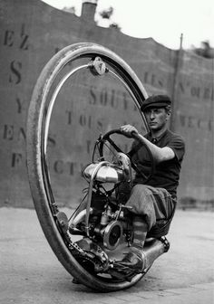 Motoruota - exploring the motorized wheel as a means of transportation...
