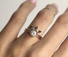 https://www.etsy.com/it/listing/468797270/diamante-anello-corona-fede-nuziale-di?ref=shop_home_active_23