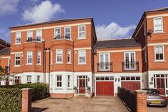 Four double bedroom, three bathroom, three reception townhouse set over three floors. This stunning property is stylish and immaculate throughout with an abundance of natural light .