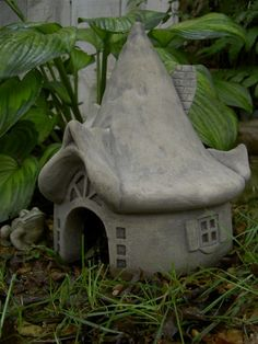 Cool toad house for the garden