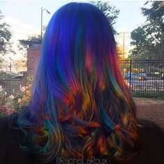 """""""""""Interpretive Hair Art"""" by Rachel La'Roux 💙💜 ✨Oil Slick At Sunset✨💜💙 Model: Kristy Thompson Sunset Series: The sunset gives this color combo and oil…"""" Hair Colorful, Oil Slick Hair, Pelo Multicolor, Corte Y Color, Natural Hair Styles, Long Hair Styles, Lisa Frank, Big Chop, Rainbow Hair"""