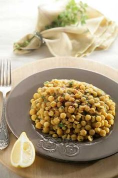 Spicy Chick Peas You can find peeled chickpeas in Greek markets all over North America and Europe. You can also use regular dried chickpeas for this dish, but they will need to soak for 8 hours before you boil them and the boiling time is longer Greek Recipes, Dog Food Recipes, Cooking Recipes, Healthy Recipes, Greek Meals, Chickpea Recipes, Chickpea Salad, Clean Recipes, Healthy Foods
