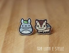 Totoro and Catbus stud earrings, from the Studio Ghibli animated film My Neighbor Totoro! ♥ MATERIALS: Acrylic laser cut. Durable, waterproof, not
