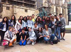 foto de grupo en la ciudad de York, preciosa ;)  blog.cla-academiavalladolid.es