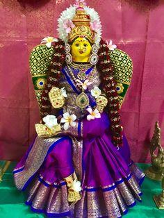 Gauri Decoration, Mandir Decoration, Thali Decoration Ideas, Diy Diwali Decorations, Festival Decorations, Ganpati Decoration Design, Ganesh Rangoli, Diwali Pooja, Durga Painting
