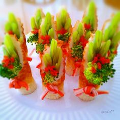 Cute Food, Yummy Food, Kawaii Cooking, New Year's Food, Bento Recipes, Party Dishes, Food Garnishes, Food Decoration, Christmas Cooking