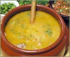 Canjiquinha Mineira - Receitas Brasileiras - Bem Feitinho - Delicia - Adorei !!! Ketogenic Recipes, Healthy Recipes, Soup Recipes, Confort Food, Soft Foods, Portuguese Recipes, Best Dishes, Polenta, Easy Cooking