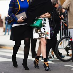 CATCH-a-TREND. A Curation Of Street Style Excellence. #catchatrend #louisvuitton #streetstyle