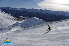 Wer auf der Suche nach einer etwas anspruchsvolleren Piste im Skigebiet von Serfaus-Fiss-Ladis ist, dem legen wir die Obere Scheidabfahrt ans Herz. Diese Piste sorgt für den nötigen Adrenalinkick beim Skifahren. Vorhang auf für die Obere Scheidabfahrt! Mount Everest, Skiing, Play, Mountains, Winter, Nature, Travel, Searching, Viajes