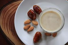 Almond and date milk