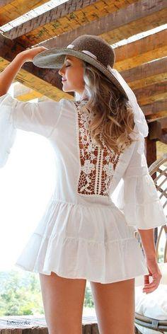 hat with white mini dress Almost Boho chic like Mode Hippie, Mode Boho, Boho Chic, Bohemian Style, Boho Fashion, Womens Fashion, Fashion Trends, Fashion Dresses, Fashion Clothes