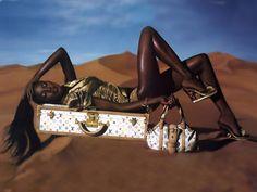Louis Vuitton   Louis Vuitton attaque Very Bad Trip 2 pour l'utilisation d'un sac ...