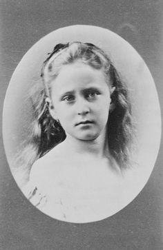 Princess Elizabeth of Hesse, March 1871 [in Portraits of Royal Children Vol.15 1870-71] | Royal Collection Trust