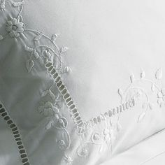 Bed Linen Manufacturers In India Embroidered Bedding, Drawn Thread, Bed Linen Sets, Linens And Lace, Heirloom Sewing, Fine Linens, White Embroidery, Cutwork, Zara Home