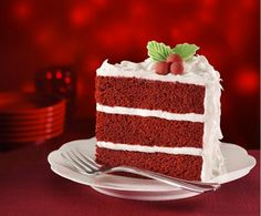 The best Southern Red Velvet Cake recipe you will ever try! This recipe calls for traditional red velvet cake ingredients except for it substitutes the flour for a box of butter cake mix. Red Velvet Chocolate Cake, Red Velvet Cake, Red Cake, Food Cakes, Cupcake Cakes, Cupcakes, Bolo Red Velvet Receita, Cake With Cream Cheese, Christmas Desserts