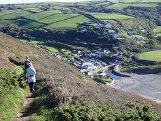 Crackington Haven- link to Travel Pod Blog- entries from coast path walkers! Very insightful. When you click on the link, it ask if you want to redirect to the link- choose yes.