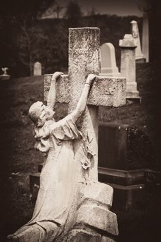 Some stones can show the greif so well of someone who has lost someone close Allegheny Cemetery Pittsburgh, Pa Cemetery Monuments, Cemetery Statues, Cemetery Headstones, Old Cemeteries, Cemetery Art, Angel Statues, Graveyards, Gardens Of Stone, Cemetery Angels