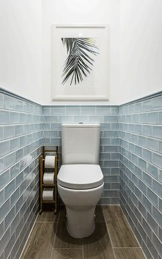 We& assembled a list of functional yet stylish bathroom tiles ideas to help inspire you. The post 7 Unique Bathroom Tiles Ideas (Show Your Personality!) appeared first on Dekoration. Toilette Design, Bathroom Tile Designs, Bathroom Interior Design, Designs For Small Bathrooms, Home Interior, Interior Ideas, Wc Decoration, House Decorations, Restroom Decoration