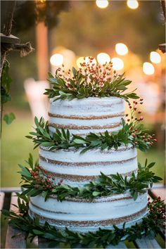 #nakedcake #organictopper @weddingchicks