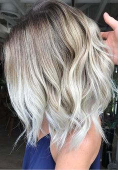 53 Popular Platinum Balayage Hair Color Ideas for 2018. Here we have presented must try platinum blonde balayage hair colors for various kinds of hair lengths and hair textures. If you are seriously thinking to change your existing balayage hair colors then you have to visit this page for hottest trends of platunum balayage blonde hair colors to sport in year 2018.