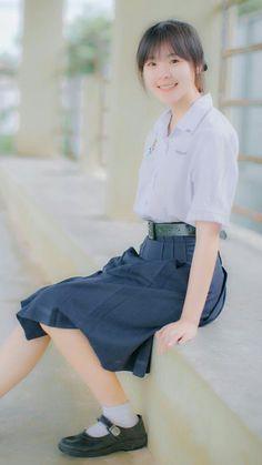 June - Thai High school girl School Uniform Girls, Girls Uniforms, High School Girls, School Uniforms, Beautiful Asian Women, Asian Woman, Hair Beauty, Student, Actresses