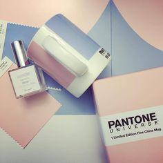 "12.2 хил. харесвания, 241 коментара – PANTONE (@pantone) в Instagram: ""It's #MugMonday! We hope your week is off to a harmonious start. Fragrance photo via @gala_magazin…"""