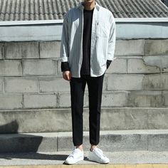 33 ideas fitness style menswear for 2019 Korean Fashion Men, Kpop Fashion, Asian Fashion, Fitness Fashion, Mens Fashion, Fashion Outfits, Fitness Style, Fashion Shirts, Fitness Wear